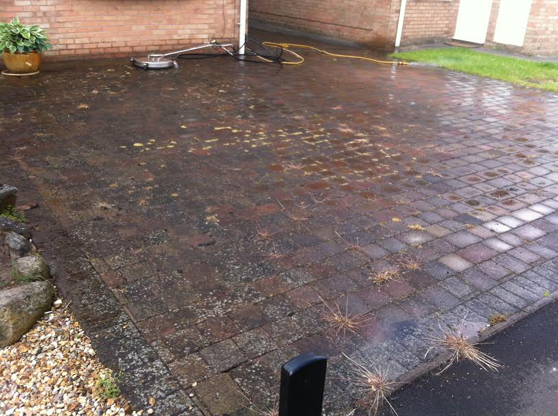 Price To Clean Drive / Driveway, Patio, Decking, Paving, Roof