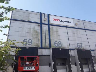 Commercial Cladding Clean