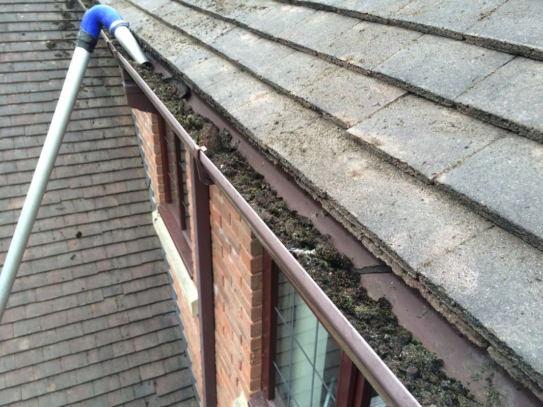 Gutter Unblocking in Gnosall