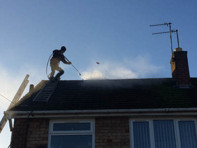 roof cleaning wolverhampton